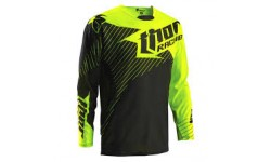 Camiseta Thor Core Hux Black / Fluo Green.